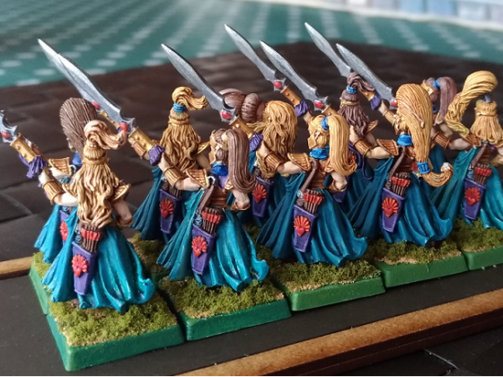 Queen's Guard with Spears (back)