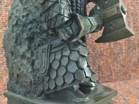 Dwarven statue side