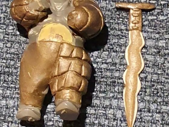Bruiser with Flamberge Sword