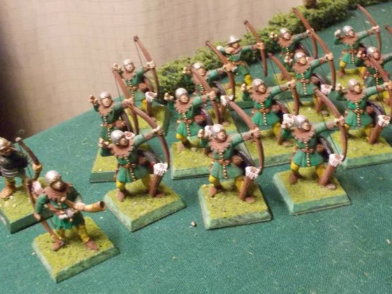 Bretonnian Archers with strung bows
