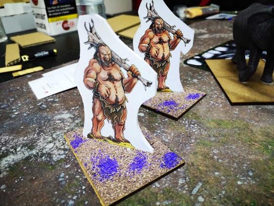 Paperhammer Slave Giant