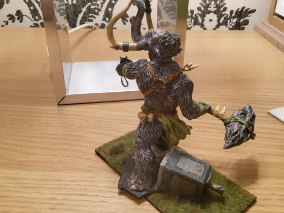 Smashing statues