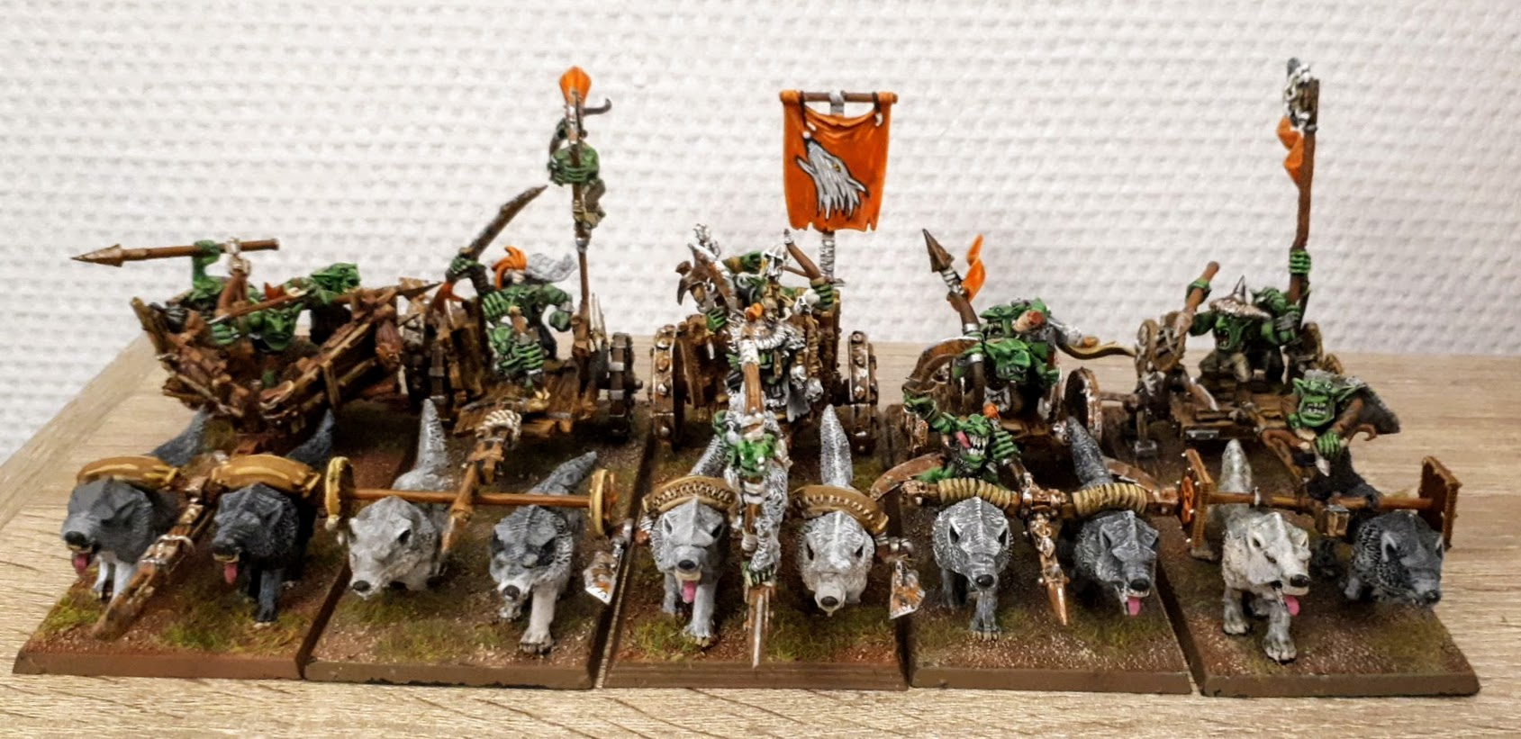 Orcs and Goblins - 5 Wolf chariot
