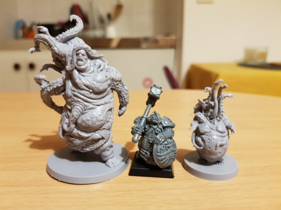 The others : 7 sins - gluttony extension box size comparison