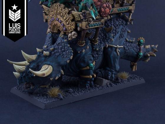 Xokha Army Captain on Taurosaur with Engine of the Gods