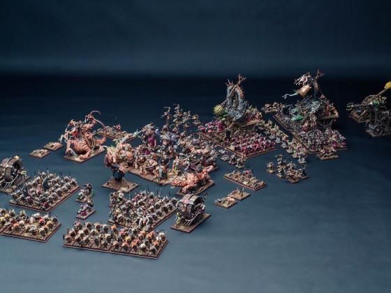 Vermin swarm on march