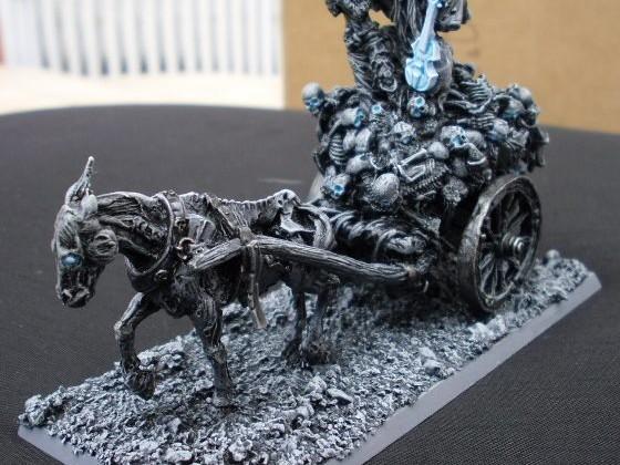 Violinist chariot