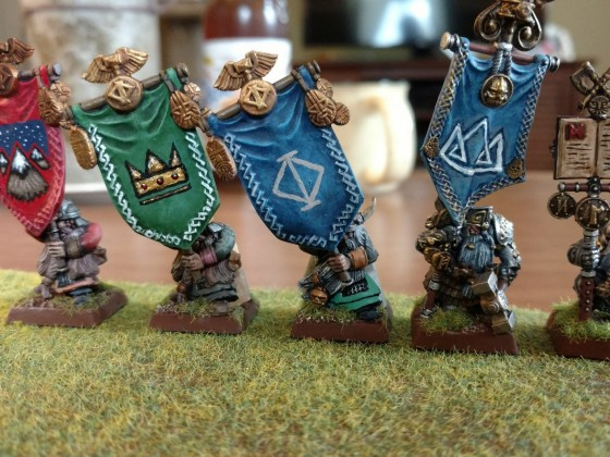Might of the dwarves!  Banner bearers