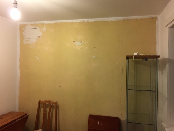 Room after wallpaper strippage