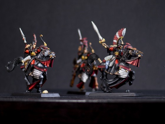 Black and red Elein Reavers