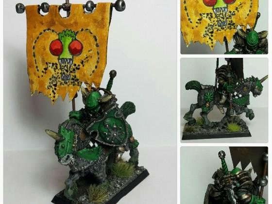 Chaos Knight Standard Bearer