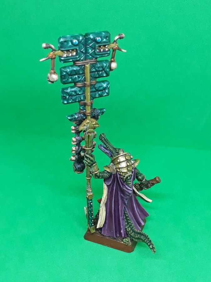 Saurian Veteran Battle Standard Bearer