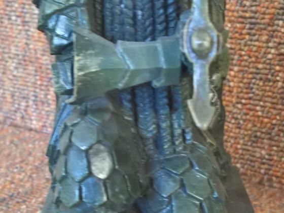 Dwarven statue front