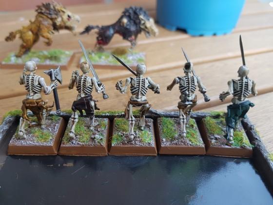 Skeleton contrast paints 2