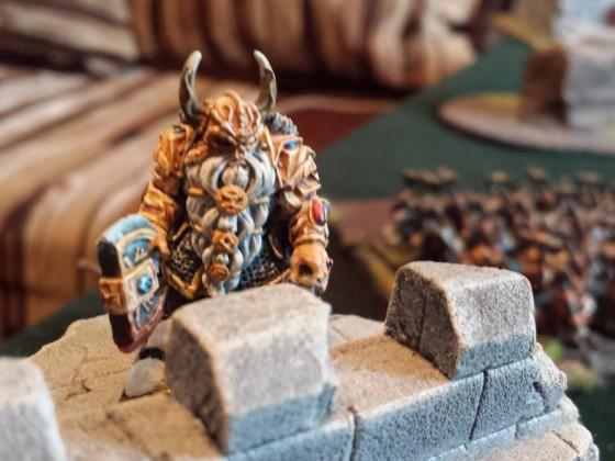 Dwarf King on foot